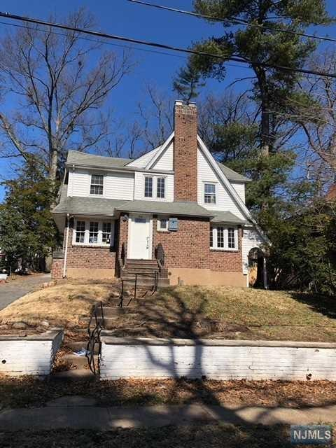 1212 Emerson Avenue, Teaneck, NJ 07666 (#1810586) :: Group BK