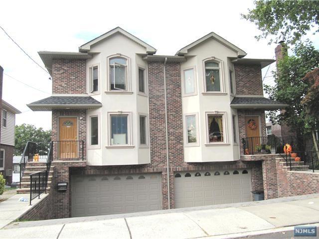 525A Roff Avenue, Palisades Park, NJ 07650 (MLS #1810595) :: William Raveis Baer & McIntosh