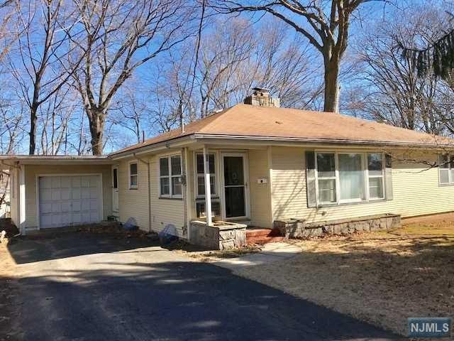 22 Garfield Avenue, Westwood, NJ 07675 (#1810670) :: Group BK