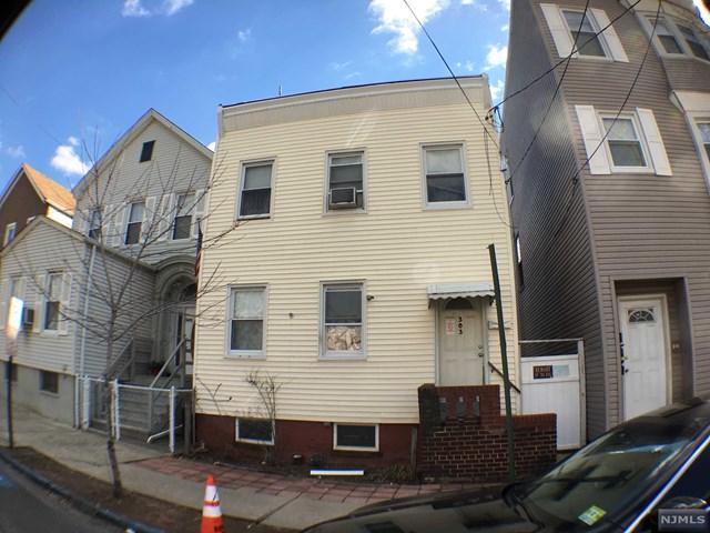 303 N 2nd Street, Harrison, NJ 07029 (MLS #1810798) :: The Sikora Group