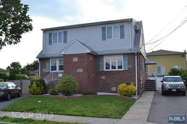 31 Milano Court 2nd Floor, South Hackensack, NJ 07606 (#1810807) :: Group BK