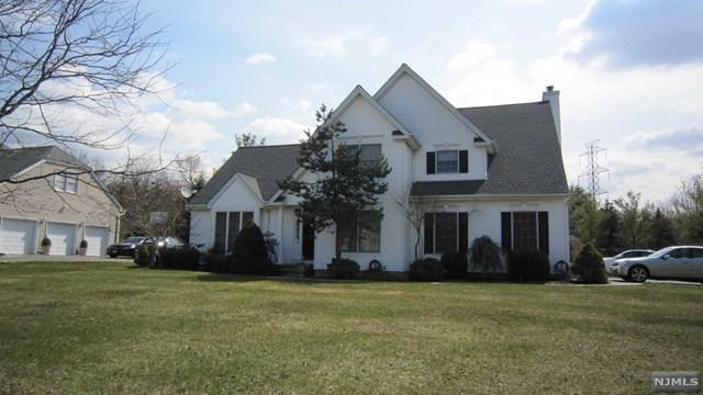 34 Burgundy Court, Livingston, NJ 07039 (MLS #1813835) :: William Raveis Baer & McIntosh