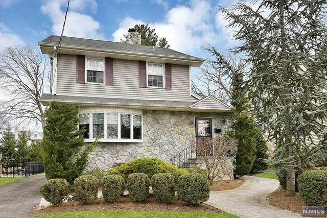 39 Elm Street, Tenafly, NJ 07670 (MLS #1814561) :: William Raveis Baer & McIntosh