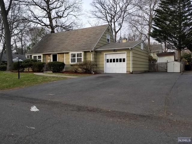 122 Edison Street, Wyckoff, NJ 07481 (MLS #1815315) :: William Raveis Baer & McIntosh