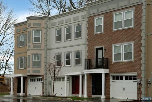 20 Stonybrook Circle, Fairfield, NJ 07004 (MLS #1816118) :: William Raveis Baer & McIntosh