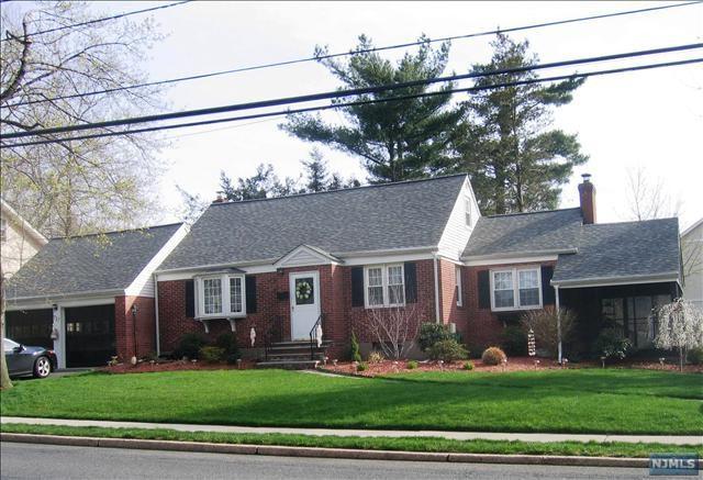 717 Ridgewood Road, Oradell, NJ 07649 (#1817756) :: RE/MAX Properties