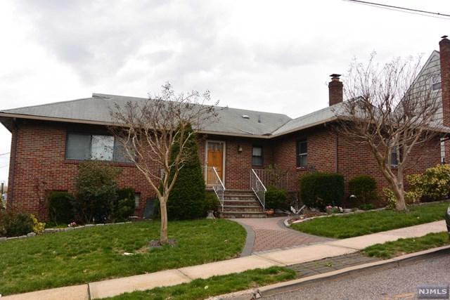 810 Charlotte Terrace, Ridgefield, NJ 07657 (#1817998) :: Group BK