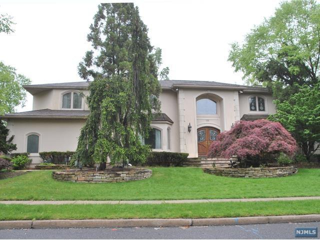 296 Spring Valley Road, Oradell, NJ 07649 (#1818398) :: RE/MAX Properties