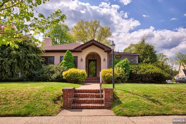 929 Summit Avenue, River Edge, NJ 07661 (#1818653) :: RE/MAX Properties