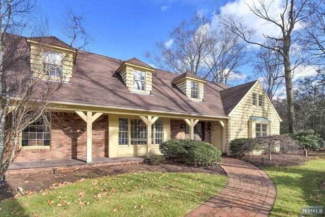 25 W Church Road, Saddle River, NJ 07458 (#1819148) :: RE/MAX Properties