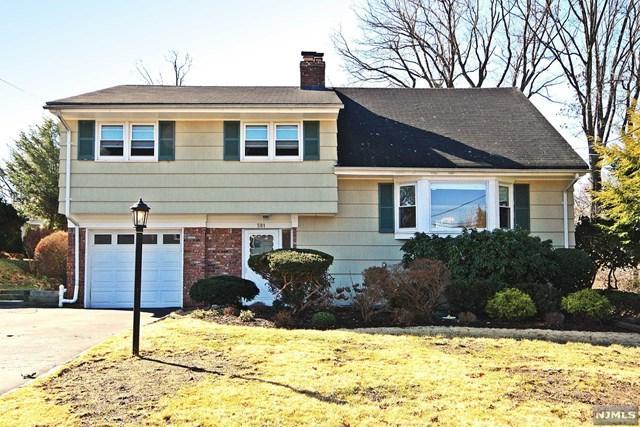 581 Fletcher Avenue, Oradell, NJ 07649 (#1819738) :: RE/MAX Properties