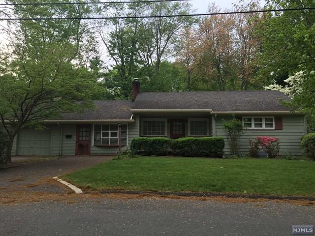 110 Pine Street, Closter, NJ 07624 (#1820034) :: Group BK