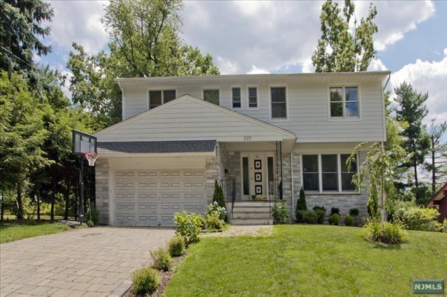 600 Ogden Avenue, Teaneck, NJ 07666 (#1820056) :: Group BK