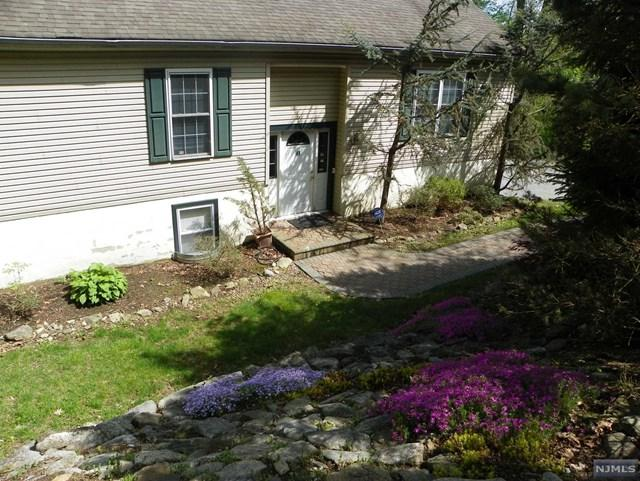 41 Manor House Road, Mount Olive Township, NJ 07828 (#1821217) :: RE/MAX Properties