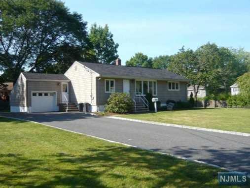 112 Ehret Avenue, Harrington Park, NJ 07640 (MLS #1823151) :: William Raveis Baer & McIntosh