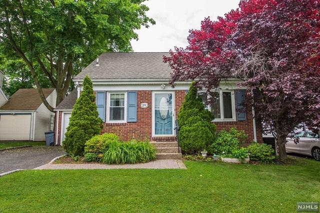 891 Wyoming Avenue, Maywood, NJ 07607 (MLS #1823315) :: The Dekanski Home Selling Team