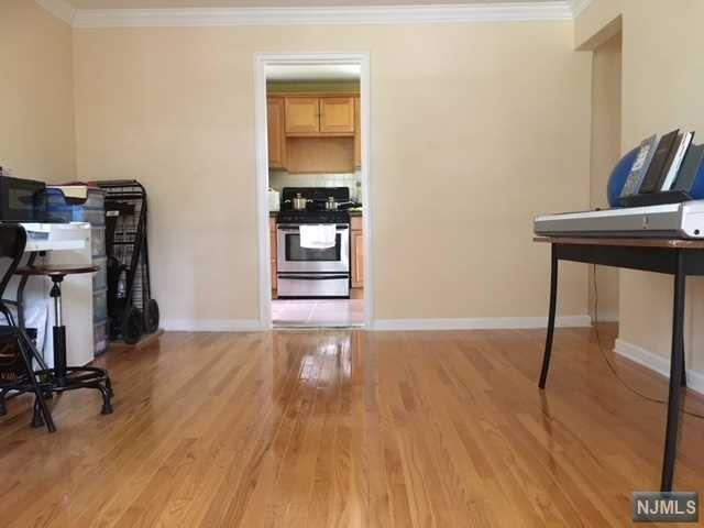 533A Grand Avenue, Leonia, NJ 07605 (MLS #1823361) :: William Raveis Baer & McIntosh