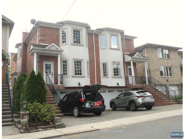 414 Roff Avenue, Palisades Park, NJ 07650 (MLS #1823587) :: William Raveis Baer & McIntosh