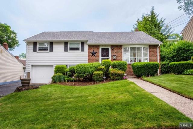 47 Walter Avenue, Hasbrouck Heights, NJ 07604 (MLS #1823840) :: The Dekanski Home Selling Team