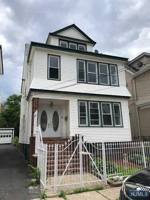 26 Stockman Place, Irvington, NJ 07111 (MLS #1824318) :: William Raveis Baer & McIntosh