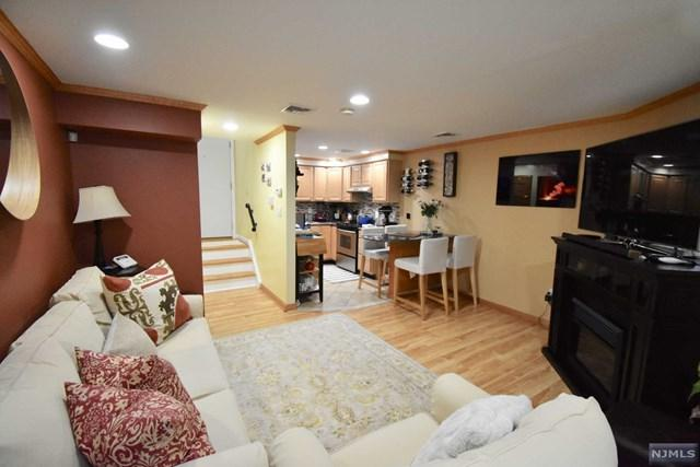 622 Fairview Avenue #4, Fairview, NJ 07022 (MLS #1824349) :: William Raveis Baer & McIntosh