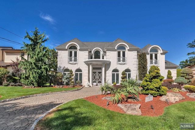 10 Carol Drive, Englewood Cliffs, NJ 07632 (MLS #1824790) :: William Raveis Baer & McIntosh
