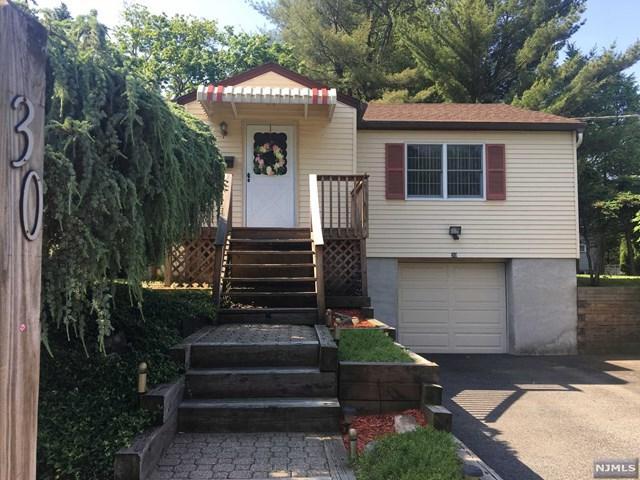 30 Bergenline Avenue, Closter, NJ 07624 (MLS #1824818) :: The Dekanski Home Selling Team