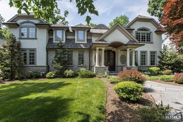 1510 Jefferson Street, Teaneck, NJ 07666 (MLS #1824960) :: The Dekanski Home Selling Team
