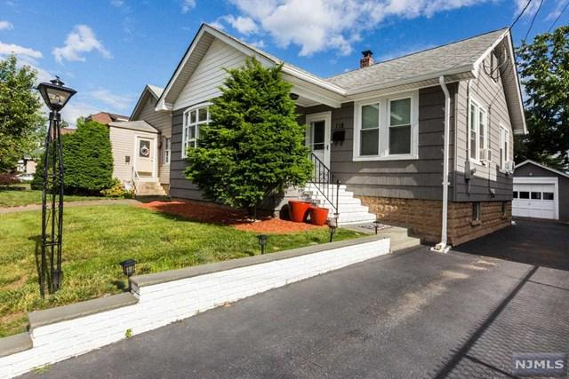 118 Harcourt Avenue, Bergenfield, NJ 07621 (MLS #1825336) :: The Dekanski Home Selling Team