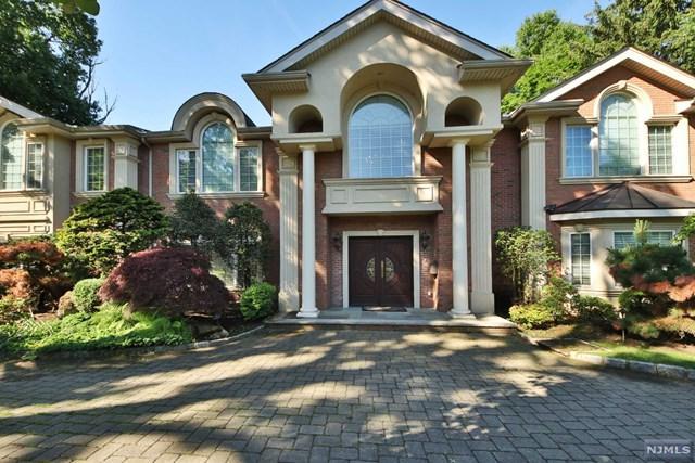 100 Hillside Avenue, Tenafly, NJ 07670 (MLS #1825506) :: The Dekanski Home Selling Team