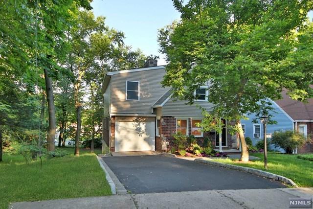674 Northumberland Road, Teaneck, NJ 07666 (MLS #1825519) :: The Dekanski Home Selling Team