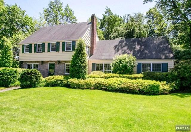 30 Joyce Road, Tenafly, NJ 07670 (MLS #1825570) :: The Dekanski Home Selling Team