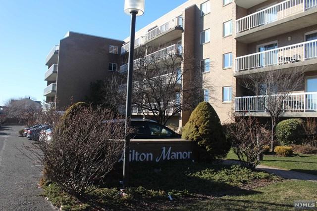 38 Moonachie Road #212, Hackensack, NJ 07601 (MLS #1825571) :: William Raveis Baer & McIntosh