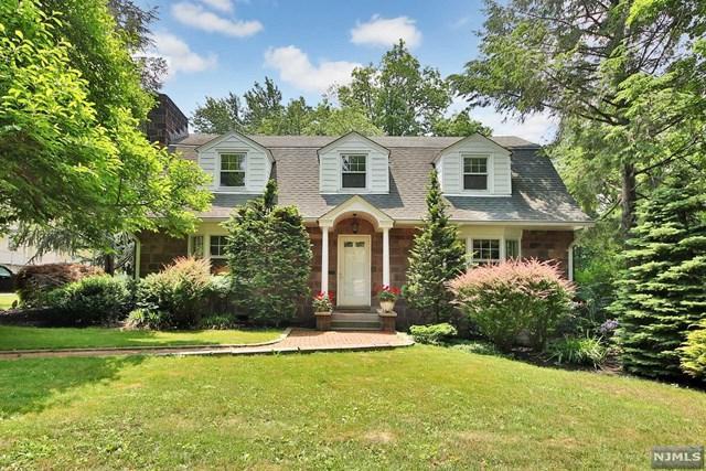 6 Linden Terrace, Leonia, NJ 07605 (MLS #1825614) :: William Raveis Baer & McIntosh