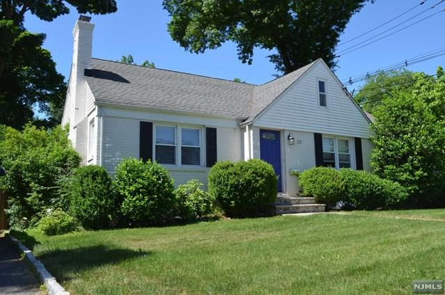 112 Wyckoff Avenue, Waldwick, NJ 07463 (MLS #1825744) :: William Raveis Baer & McIntosh