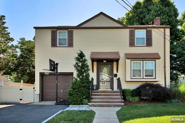 113 Cameron Road, Bergenfield, NJ 07621 (MLS #1825769) :: The Dekanski Home Selling Team