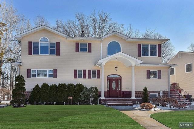 875 Columbus Drive, Teaneck, NJ 07666 (MLS #1825776) :: The Dekanski Home Selling Team