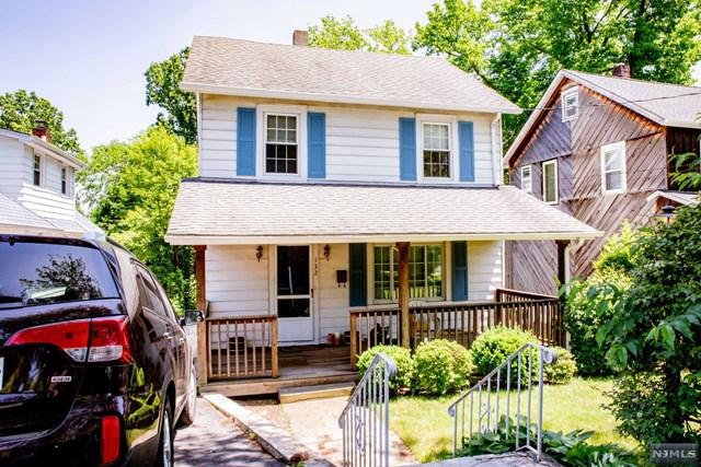 132 Jefferson Avenue, Cresskill, NJ 07626 (MLS #1825787) :: The Dekanski Home Selling Team