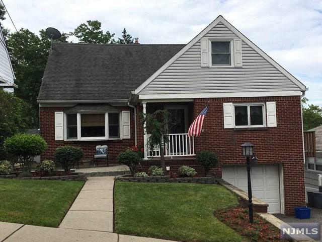 598 Elm Avenue, Ridgefield, NJ 07657 (MLS #1825805) :: William Raveis Baer & McIntosh