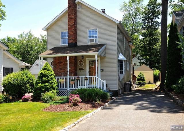 8 Virginia Street, Tenafly, NJ 07670 (MLS #1825890) :: The Dekanski Home Selling Team