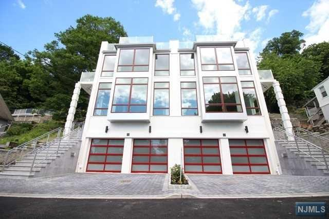 16 Oakdene Terrace B, Edgewater, NJ 07020 (MLS #1826013) :: William Raveis Baer & McIntosh