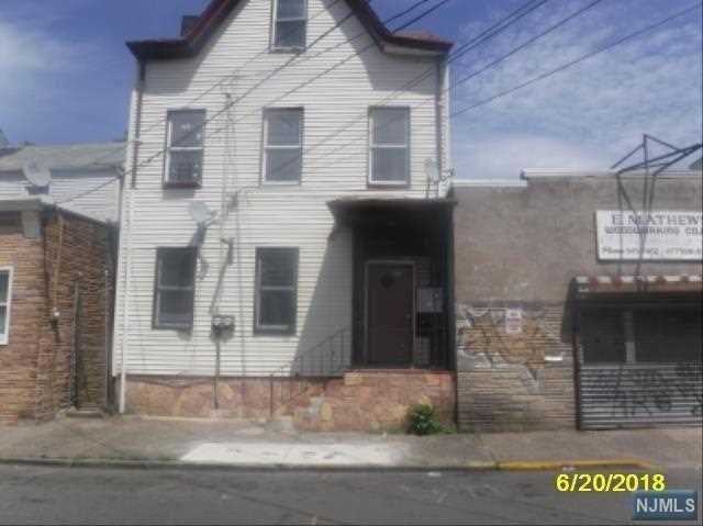 475 Summer Street, Paterson, NJ 07501 (MLS #1826134) :: William Raveis Baer & McIntosh