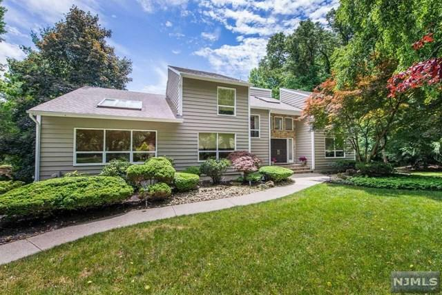 15 Gorge Way, Wayne, NJ 07470 (MLS #1826356) :: William Raveis Baer & McIntosh