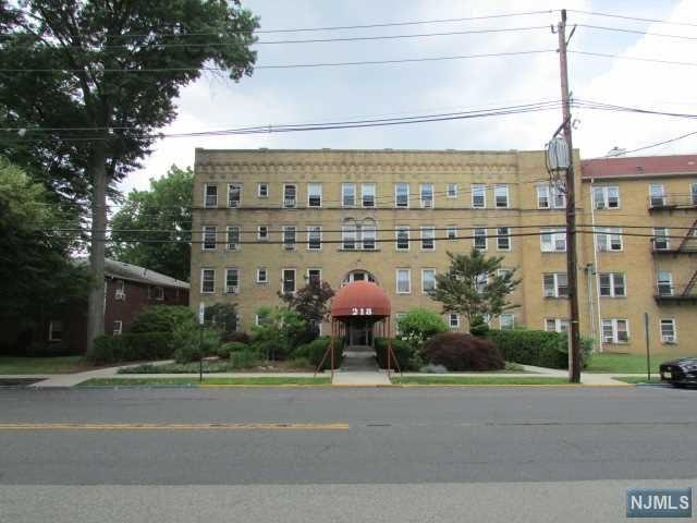 218 Broad Avenue 3F, Leonia, NJ 07605 (#1826466) :: Group BK