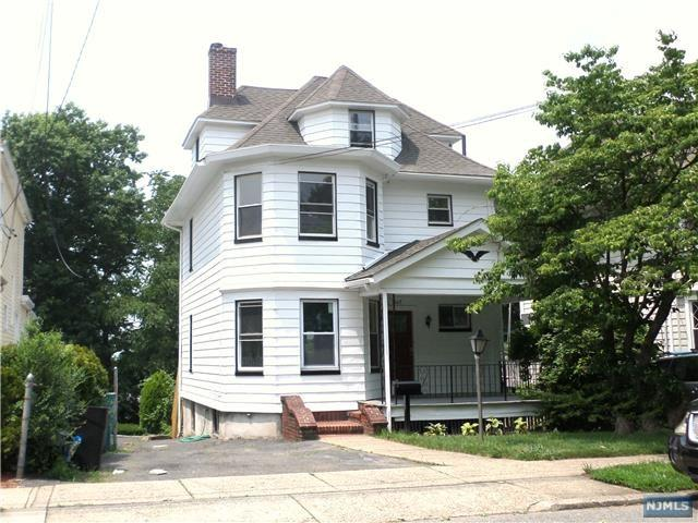 342 Main Street, Ridgefield Park, NJ 07660 (MLS #1827250) :: William Raveis Baer & McIntosh