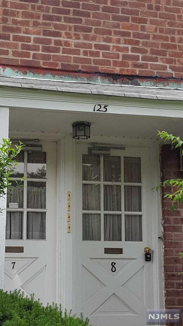 125 E Clinton Avenue 8B, Bergenfield, NJ 07621 (MLS #1827748) :: William Raveis Baer & McIntosh