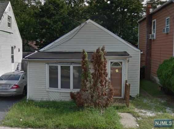 26 Port Monmouth Road, Keansburg, NJ 07734 (#1828588) :: Group BK