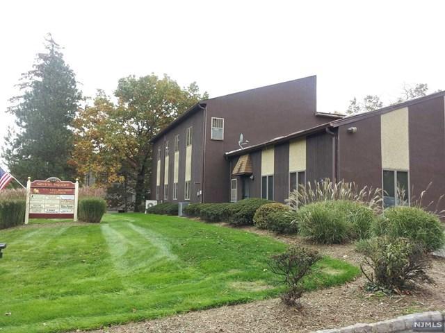 124 Little Falls Road, Fairfield, NJ 07004 (#1828737) :: RE/MAX Properties