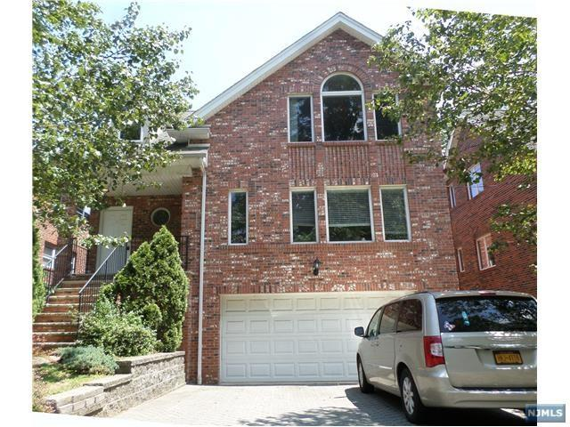 120 Temple Terrace A, Palisades Park, NJ 07650 (#1828777) :: Group BK