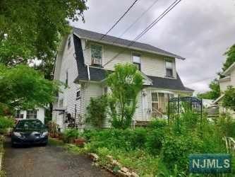 28 Boyden Avenue, Maplewood, NJ 07040 (#1828781) :: Group BK